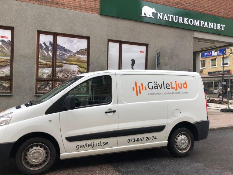 Gävle Ljud installerar nytt ljud till Naturkompaniet butik i Gävle.