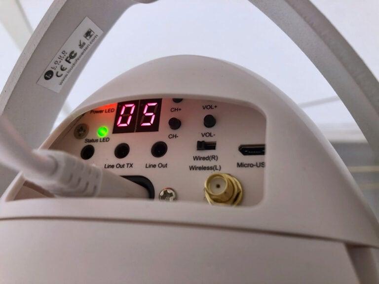 Trådlös takhögtalare från Loud of Sweden. Ansluts enkelt till de skenor belysningen sitter i. Välj kanal och anpassa volymen för varje högtalare. På mindre än 5 minuter är en högtalare uppsatt.