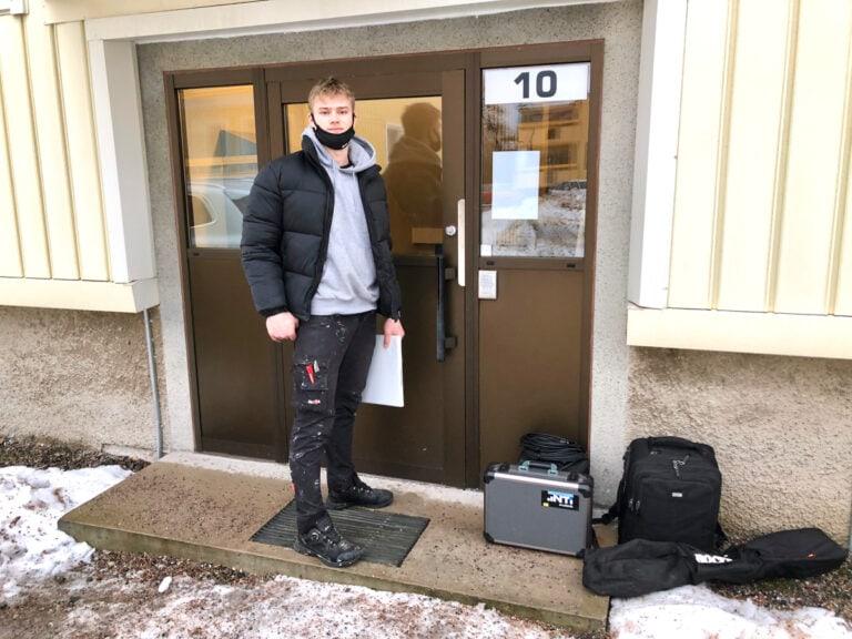 Ljudmätning och mätning av ljudisolering i lägenheter tillsammans med Lucas Holst från Secor Gävle Dala.